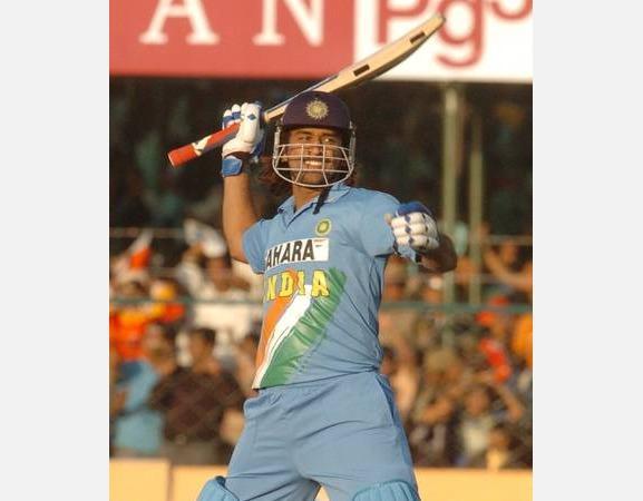 m-s-dhoni-s-183-venugopal-rao-reveals-on-field-moments