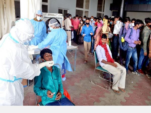record-75-760-covid-19-cases-in-single-day-india-s-virus-tally-crosses-33-lakh-mark