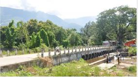 tourists-who-come-to-bathe-in-the-river-sadivayal-villagers-in-fear-of-corona