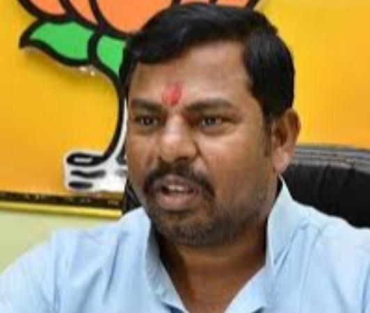 not-on-fb-where-is-the-question-of-ban-asks-bjp-mla-raja-singh