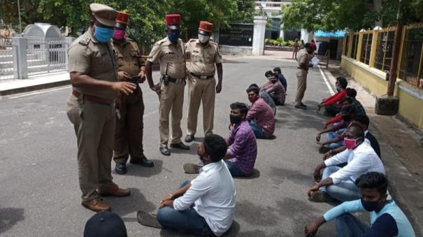students-protest-in-karaikkal
