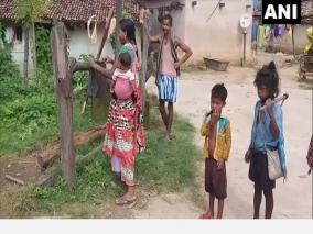 residents-connect-stream-to-village-amid-water-crisis-in-chhattisgarh-s-surguja