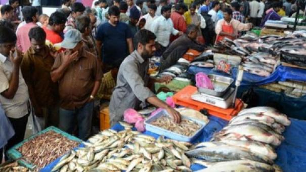 workers-demand-opening-up-of-karimedu-market