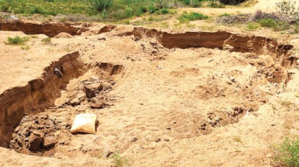 sand-looting-continues-in-sivagangai-district