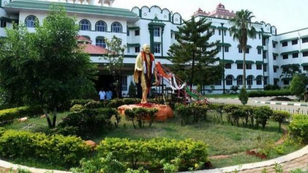 hc-stays-palani-temple-conservancy-project-tender