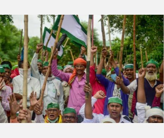 rahul-gandhi-urges-people-to-raise-voice-in-support-of-farmers