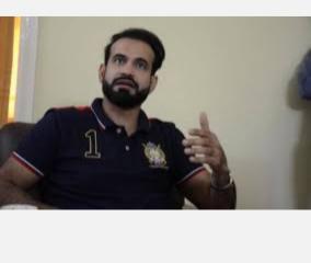 ipl2020-sunil-gavaskar-anushka-sharma-virat-kohli-cricket