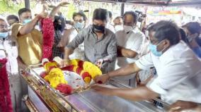 udayanithi-stalin-pays-tribute-to-ex-minister-s-mother