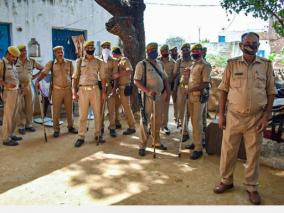 hathras-victims-family-members-to-appear-before-hc-on-monday-amid-tight-security