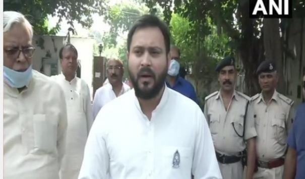 mahagathbandhan-govt-will-santion-10-lakh-jobs-in-first-cabinet-meet-tejashwi-yadave