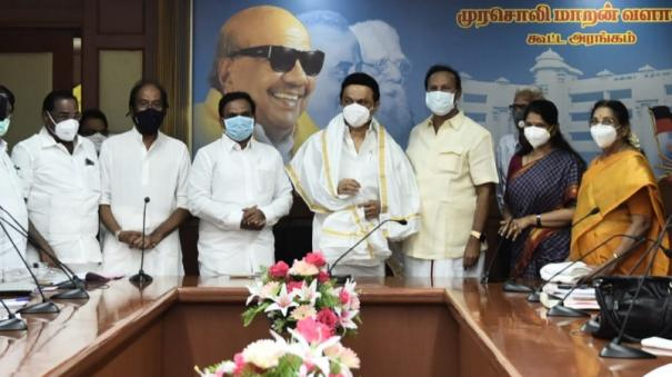 dmk-election-statement-leadership-seeks-advice-from-party-volunteers