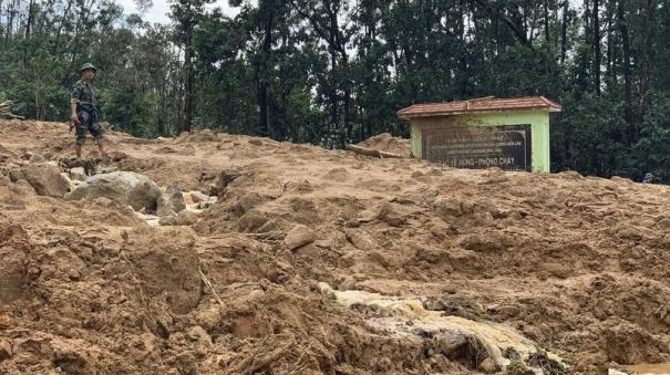 vietnamese-rescuers-battled-driving-rain-on-friday