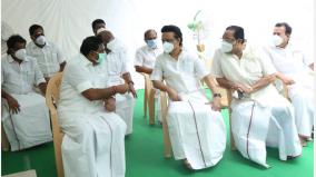 stalin-s-meeting-with-chief-minister-palanisamy-expressed-condolences-over-the-death-of-his-mother