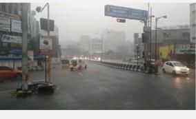 an-hour-of-heavy-rain-in-the-suburbs-of-chennai-6-cm-of-rain-flooded-the-roads