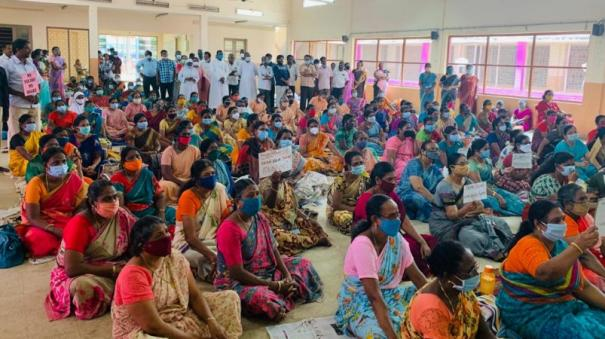 teachers-who-refuse-to-go-even-after-being-arrested-2nd-day-of-continuous-struggle-in-pondicherry