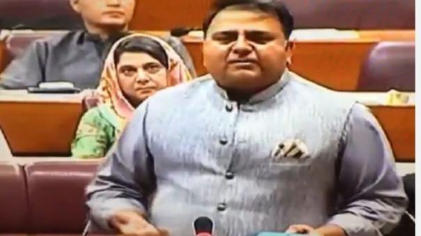 pak-minister-admits-pakistan-s-role-in-pulwama-terrorist-attack-in-j-k