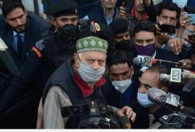 farooq-abdullah-prevented-from-leaving-residence-to-offer-prayers-claims-nc