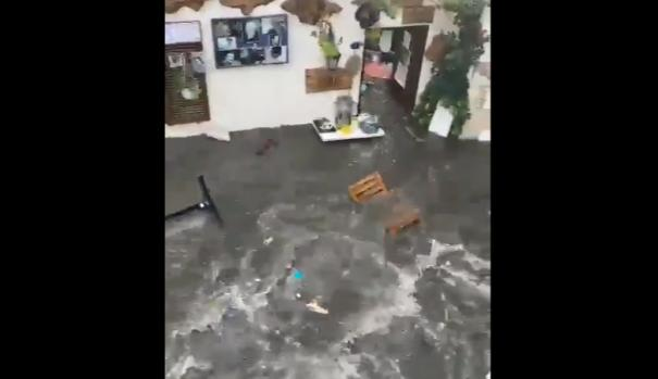 tsunami-footage-from-the-earthquake-in-izmir-province-of-turkey