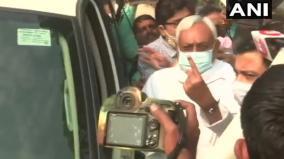 bihar-records-8-14-pc-polling-till-10-am-nitish-tejashwi-cast-votes