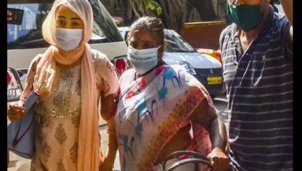 Bollywood producer Nadiadwala home raided, wife arrested