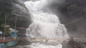 courtallam-flooded-for-3rd-consecutive-day