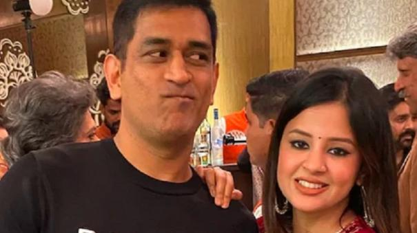 sakshi-singh-dhoni-on-the-only-person-who-can-upset-ms-dhoni-and-more