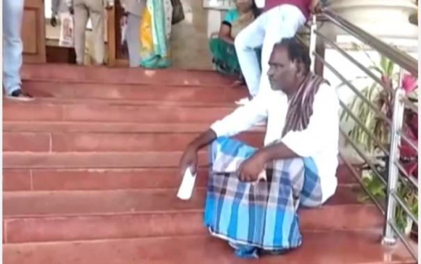 mysuru-barber-family-socially-boycotted-fined-rs-50-000-for-offering-haircut-to-members-of-sc-st-communities