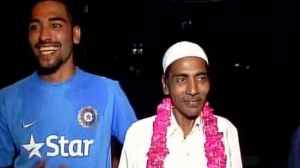 mohammed-siraj-to-stay-back-in-australia-despite-father-s-death-in-india