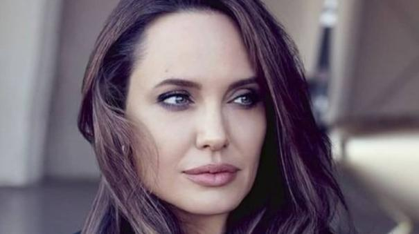 angelina-jolie-to-direct-biopic-about-wartime-photographer-don-mccullin