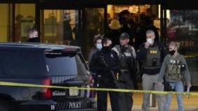 eight-hurt-in-shooting-at-wisconsin-mall-gunman-still-at-large