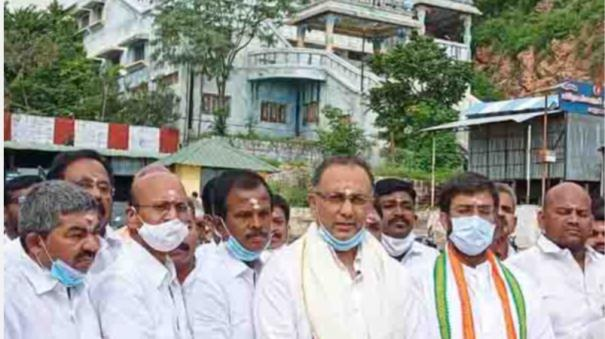 the-heir-is-not-at-fault-in-politics-politics-is-common-to-all-opinion-of-tamil-nadu-congress-leader-dinesh-kundurao