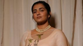 amma-accepts-parvathy-thiruvothu-s-resignation