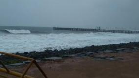 disaster-relief-team-visits-puducherry-moderate-rainfall-from-morning-sea-rage-the-department-of-education-announced-a-late-holiday-for-schools