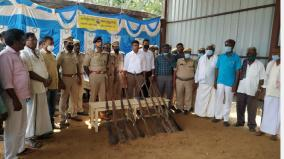 foresters-seize-38-unlicensed-country-guns-currently-in-hosur