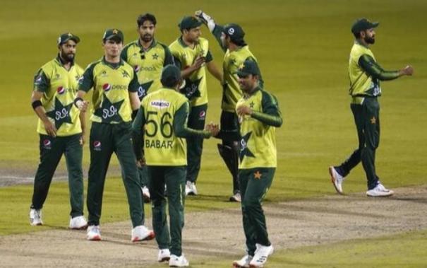 six-members-of-pakistan-squad-test-positive-for-coronavirus-in-new-zealand