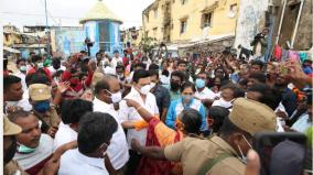 stalin-s-study-in-nochi-mylapore-provided-relief-supplies