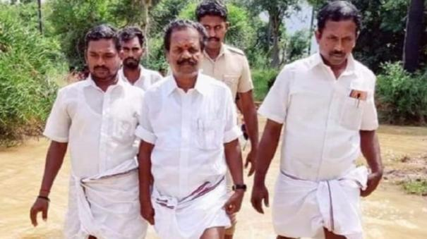 minister-g-baskar-inspects-flood-affected-areas