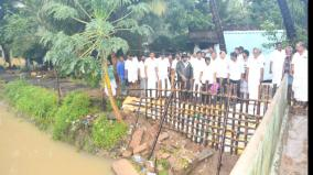 the-mla-visited-the-rain-affected-villages-near-kattumannarkoil-provision-of-relief-items
