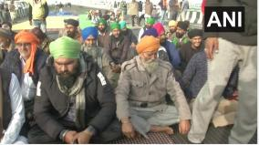 agitating-farmers-begin-day-long-fast-to-intensify-protest-against-farm-laws
