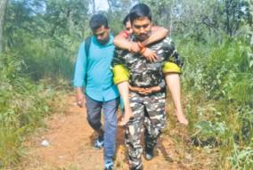 muslim-policeman-carries-old-lady-for-6-km
