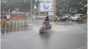 widespread-rains-cause-traffic-congestion-in-coimbatore-district