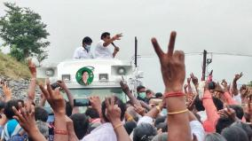 vel-gifted-to-cm-palanisamy
