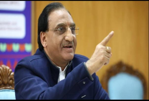 jee-advanced-2021-no-of-attempts-eligibility-exam-date-to-be-shared-by-education-minister-on-jan-7