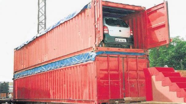 double-stack-long-haul-container-train-operation