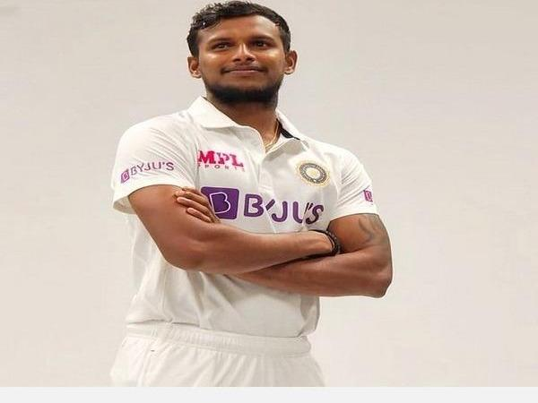 rohit-returns-saini-to-debut-as-visitors-name-playing-xi-for-3rd-test