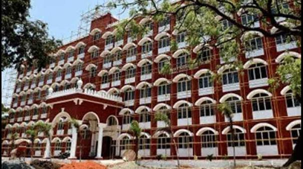 land-sale-complaint-through-forged-documents-travancore-royal-family-ordered-to-appear-in-court