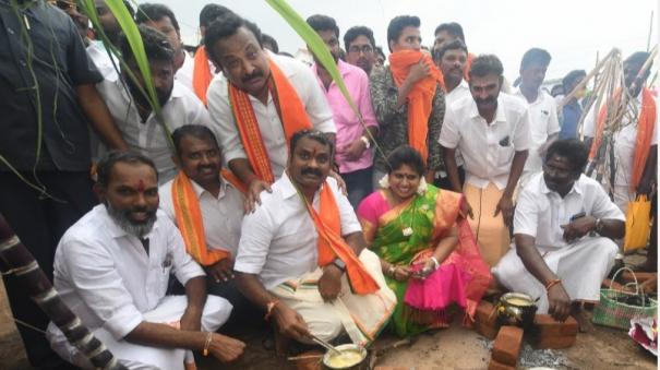 people-are-enjoying-the-benefits-of-central-government-schemes-l-murugan-speech