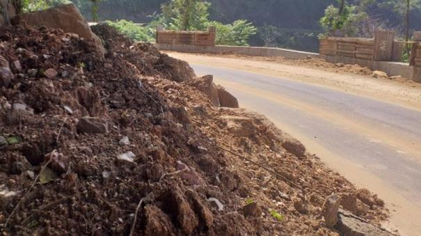 landslide-in-theni-tourists-travellers-banned
