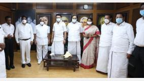 retired-high-court-judge-joined-the-dmk-in-the-presence-of-stalin