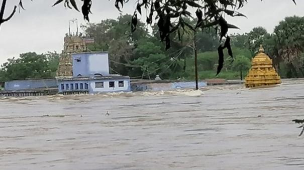 floods-in-low-lying-areas-of-tamirabarani